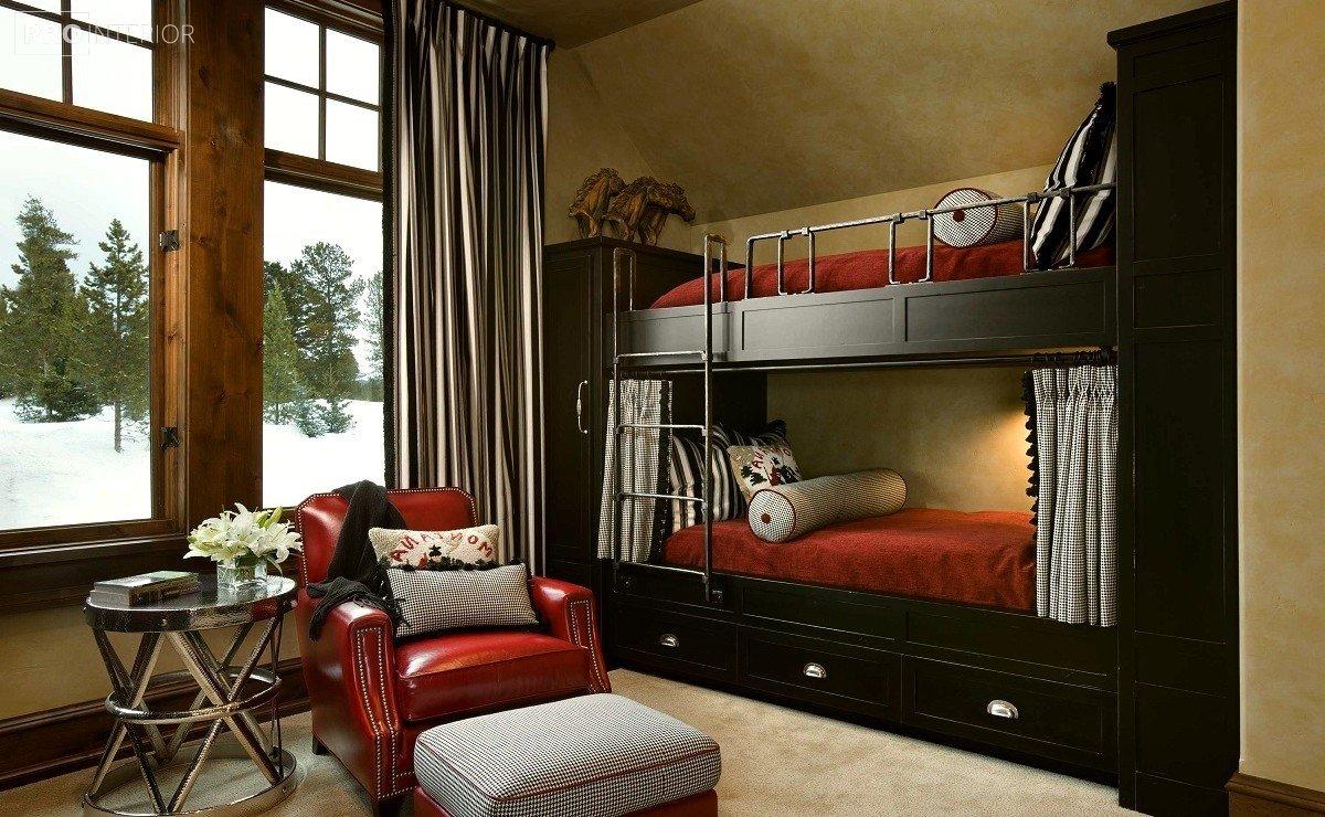 кровать двухъярусная в интерьере
