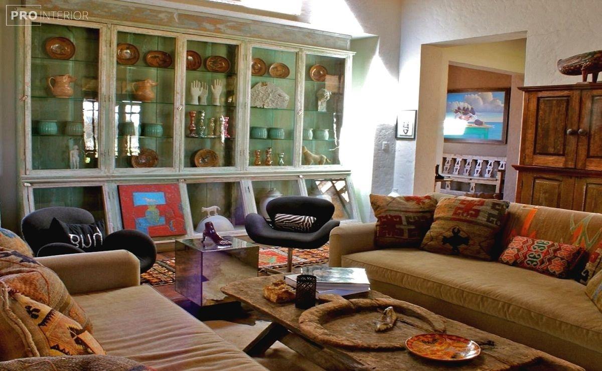 диван в мексиканском стиле