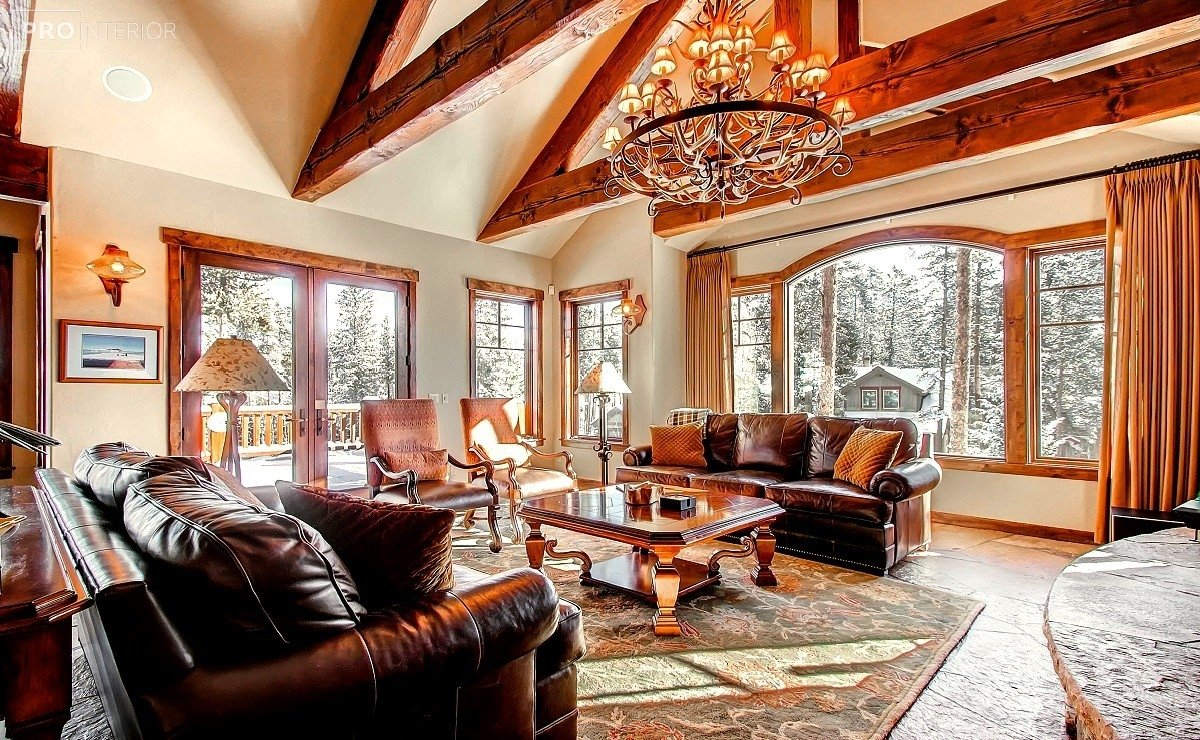 canadian-style interior photo