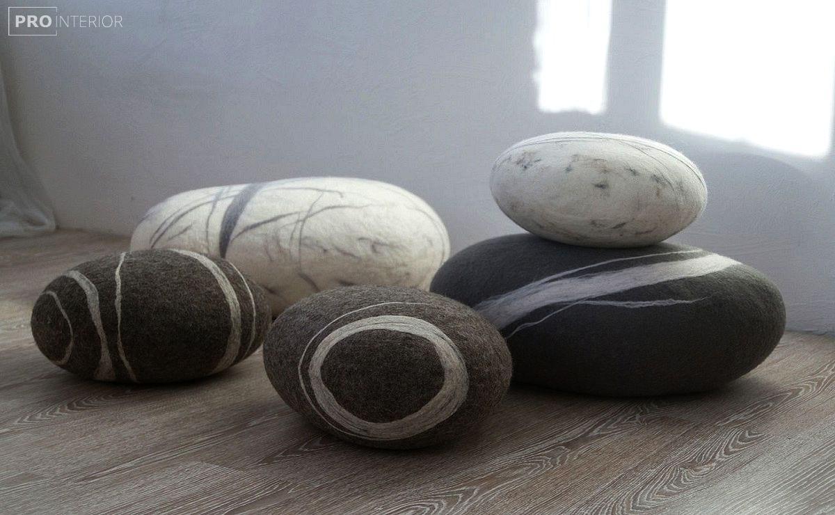 як зробити повстяний камінь