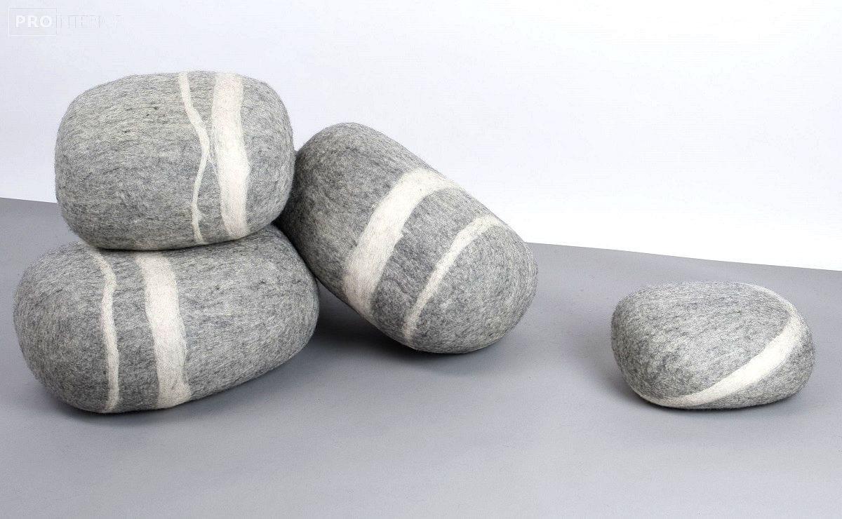 фото килимок з повстяних каменів