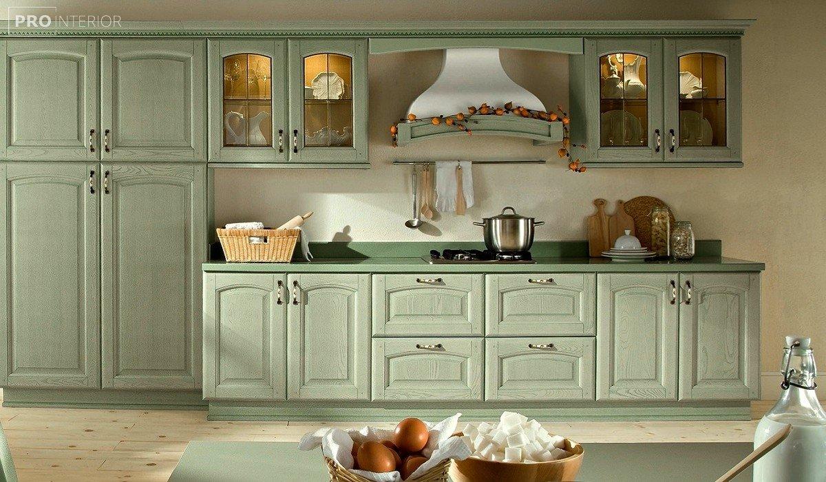 кухня в м'ятному кольорі