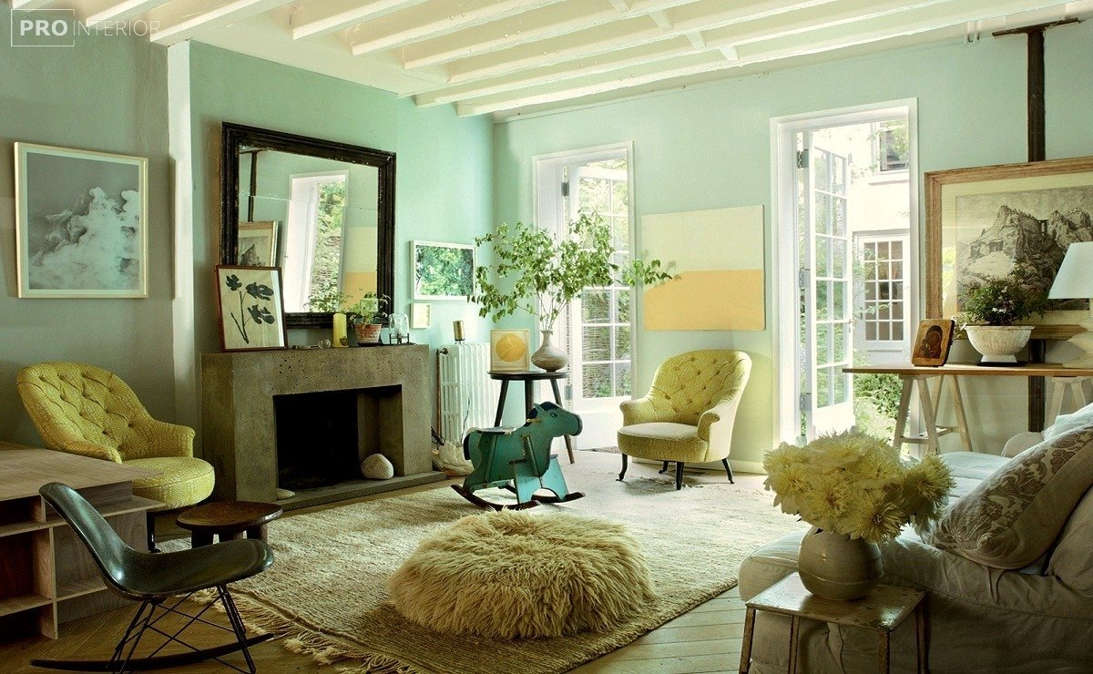 меблі м'ятного кольору