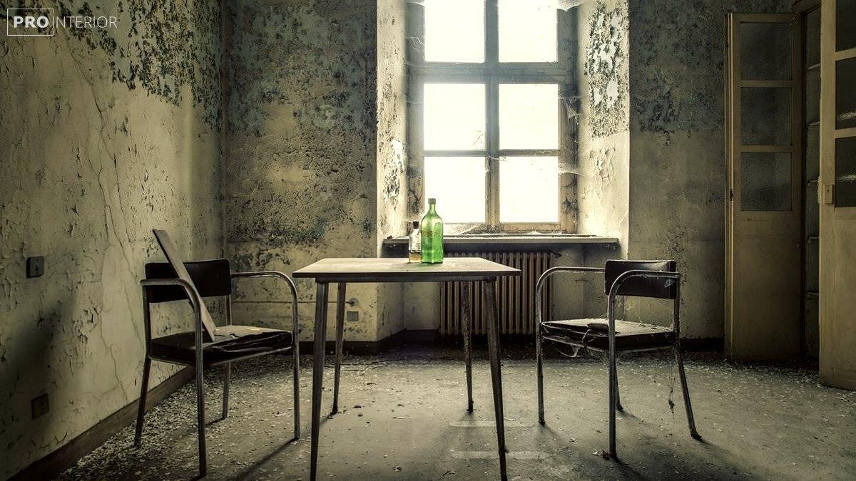 заброшенная комната